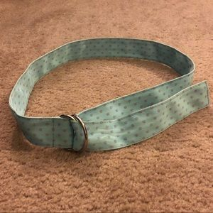 D-Ring cloth belt, light blue w purple polka dots